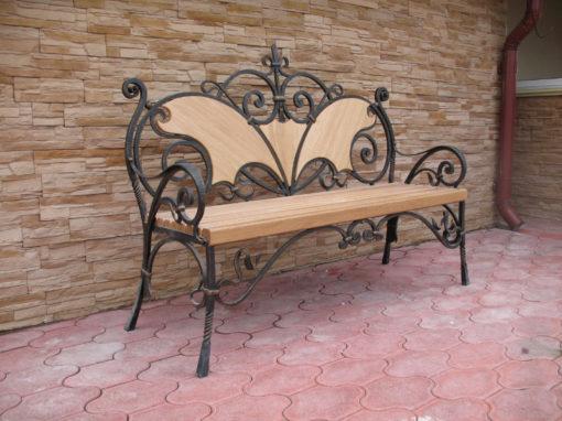 Кованые лавочки,столы,стулья